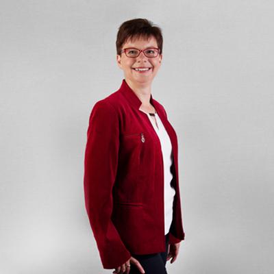 Go Language Sprachschule Heilbronn: Sprachlehrer Heilbronn: Frau Uj